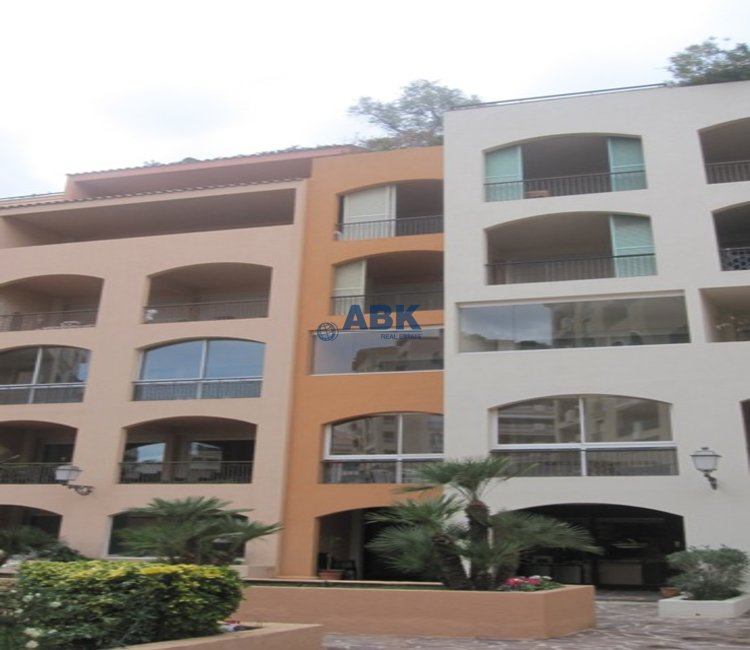 ONE-BEDROOM APARTMENT TO LET - FONTVIEILLE