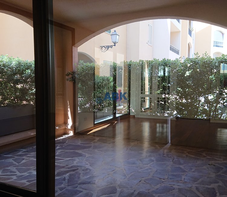 FONTVIEILLE - 2 ROOMS MIXED USE WITH CELLAR