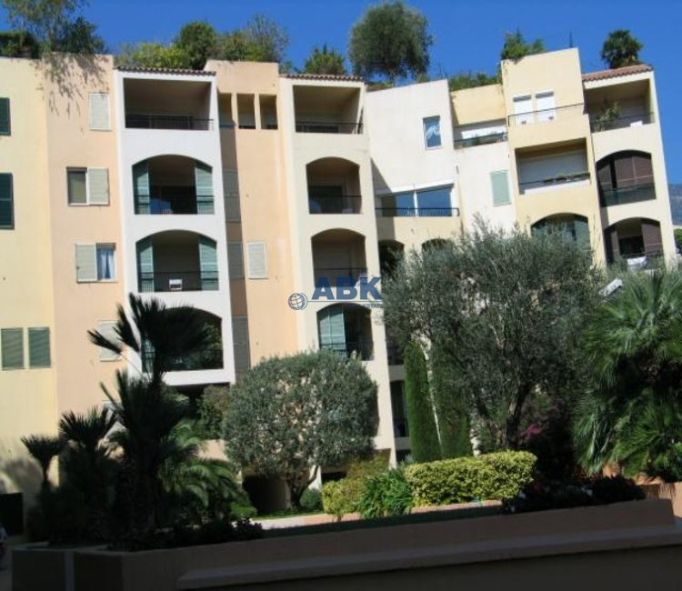 FONTVIEILLE ONE-BEDROOM APARTMENT TO LET