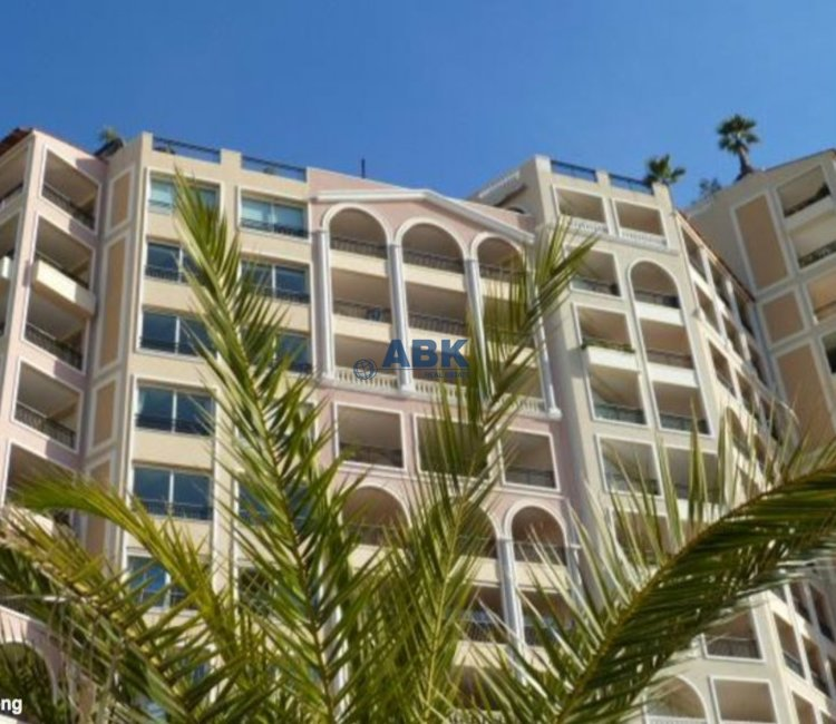 SPACIOUS ONE BEDROOM - FONTVIEILLE