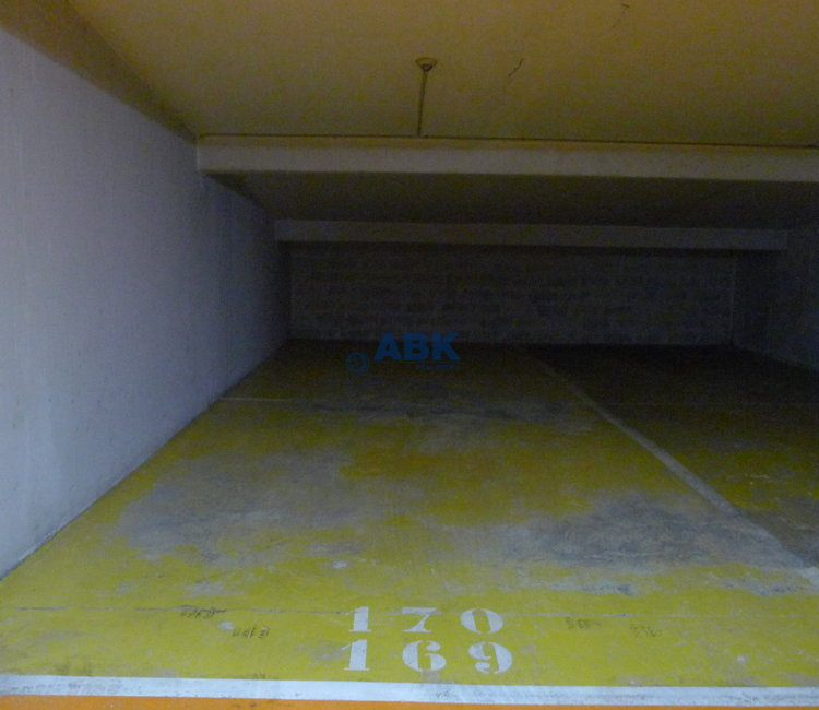 DOUBLE PARKING SPACE FOR SALE - CARRE D'OR